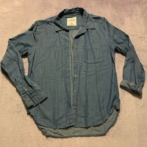 American Eagle Chambray Shirt, Size Small.